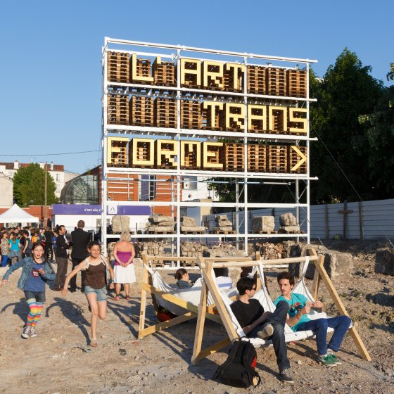Stefan Shankland, The world is changing art approach HQAC Aubervilliers, 2013. Photo Damien Lequeux